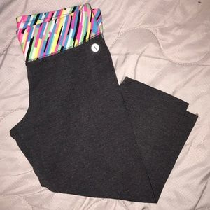 Fitted - Capris